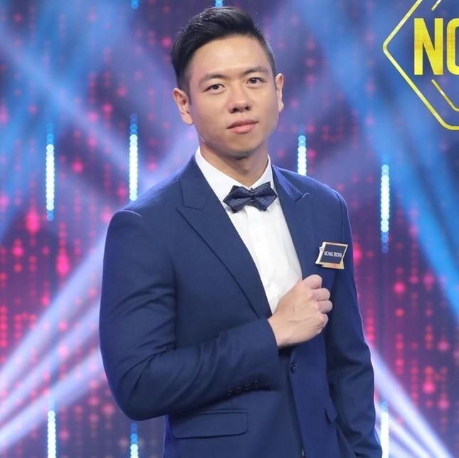 Showbiz 27/5: Việt kiều Canada nói dối đã ly hôn trong show hẹn hò truyền hình ảnh 1