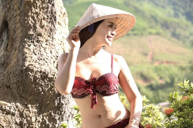 Ngưỡng mộ vóc dáng nuột nà với bikini của bạn gái NSƯT Chí Trung ở tuổi 42 ảnh 7