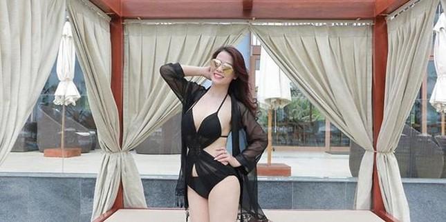 Ngưỡng mộ vóc dáng nuột nà với bikini của bạn gái NSƯT Chí Trung ở tuổi 42 ảnh 9