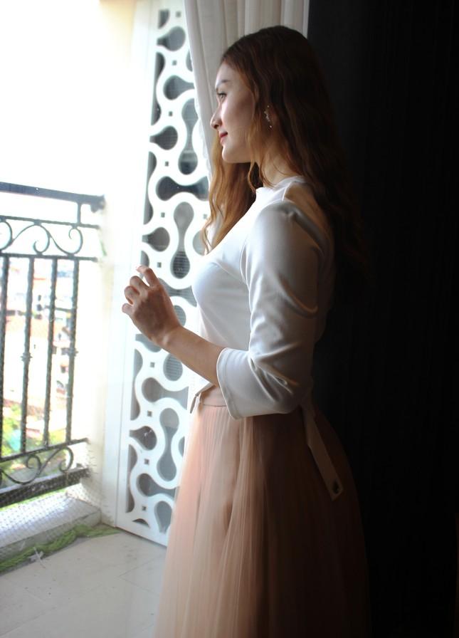 Xiêu lòng trước nhan sắc như công chúa tóc mây của diễn viên Lan Phương ảnh 8