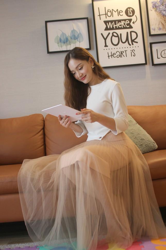 Xiêu lòng trước nhan sắc như công chúa tóc mây của diễn viên Lan Phương ảnh 9