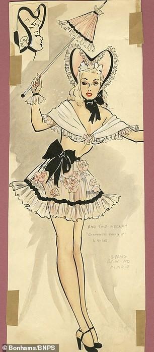 Đấu giá tranh phác họa trang phục táo bạo của vũ nữ Anh ảnh 7