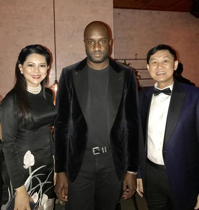 Cựu diễn viên Thuỷ Tiên dự tiệc cùng Selena Gomez ảnh 5