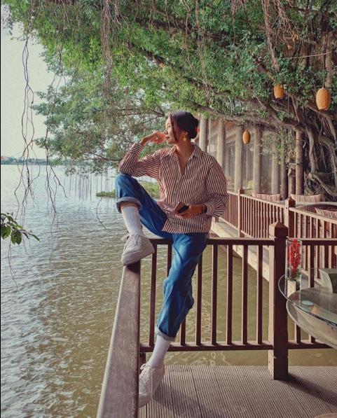 Fan 'đảo điên' trước loạt ảnh khóa môi 'ngọt lịm' của Hương Giang - Matt Liu ảnh 8