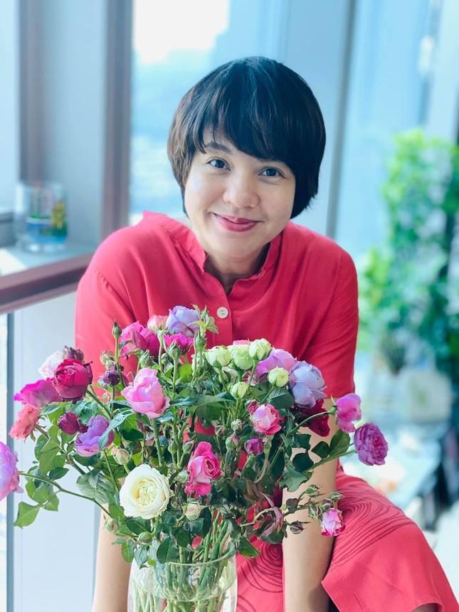 Hồng Đăng dành lời yêu 'ngọt lịm' tặng bà xã sau 19 năm chung đôi ảnh 6