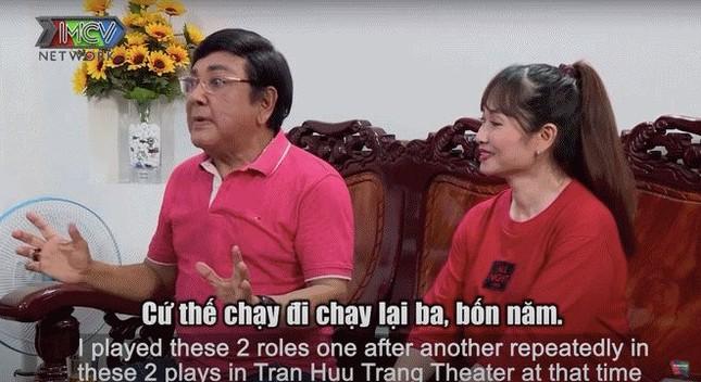 Nghệ sĩ Phú Quý biết ơn khi được vợ kém 22 tuổi lo cho 'từng miếng cháo, từng viên thuốc' ảnh 2