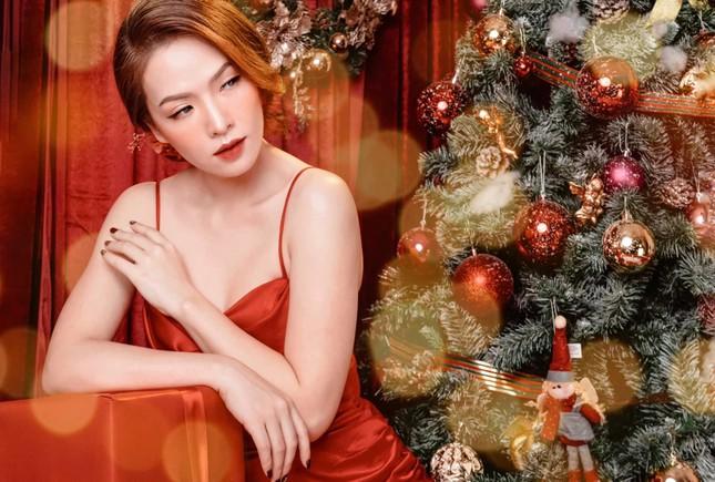 Quỳnh Kool tung ảnh mặc váy trễ nải nuột nà gợi cảm ảnh 4