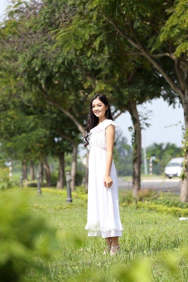 Hai 'mọt sách' tham gia Hoa hậu Việt Nam 2018 ảnh 1