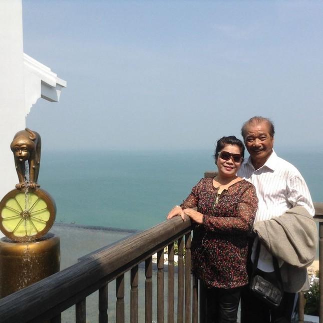 Cuộc sống hạnh phúc ở tuổi 85 của NSND Trần Hiếu và vợ kém 18 tuổi ảnh 1