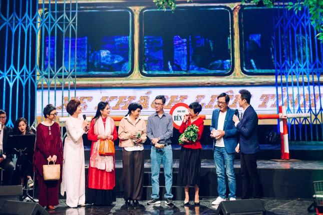 Ca sĩ Phương Thanh lần đầu kể về tuổi thơ dữ dội đi bơm xe cho Kim Tử Long ảnh 3