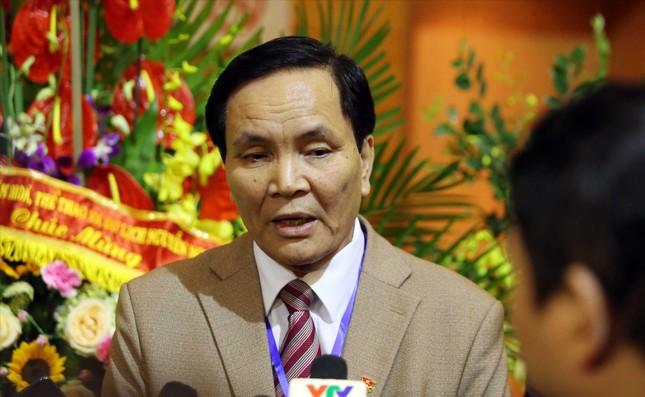 Vì sao ông Cấn Văn Nghĩa xin từ chức Phó chủ tịch VFF ảnh 1