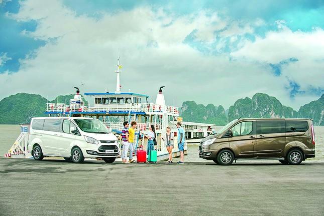 Ford Tourneo chính thức ra mắt: Đáp ứng nhu cầu vận chuyển 7 chỗ cao cấp ảnh 3