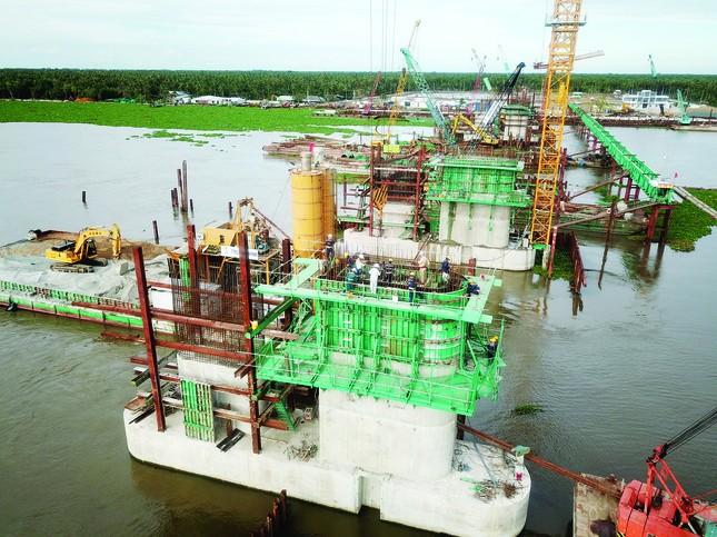 Điều kỳ diệu từ dự án thủy lợi lớn nhất Đồng bằng sông Cửu Long ảnh 2