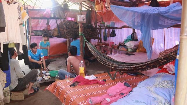 Huyện nghèo Phước Sơn ngổn ngang sau sạt lở ảnh 2
