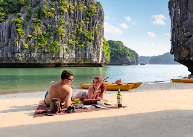 Ngành du lịch thí điểm đón khách quốc tế từ tháng bảy ảnh 1