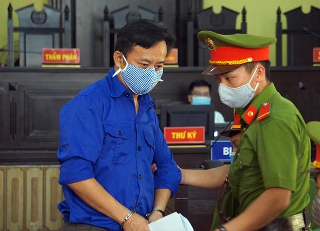 Xét xử gian lận điểm thi ở Sơn La: Phó giám đốc Sở giáo dục tranh cãi gay gắt với cấp dưới ảnh 1
