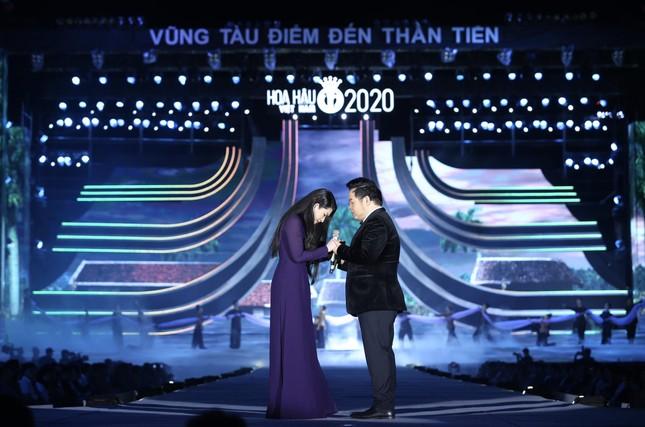 Chung kết Hoa hậu Việt Nam 2020 với ba cuộc thi phụ: Tiên bồng nơi hạ giới ảnh 1