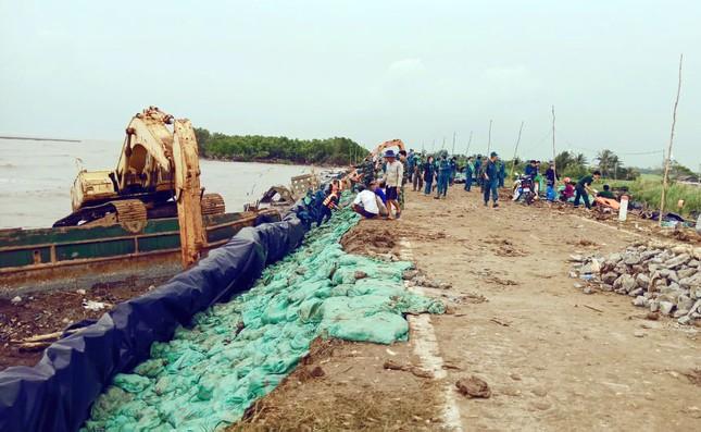 Dự án nâng cấp đê biển Tây ở Cà Mau: Lộ nhiều sai phạm ảnh 1