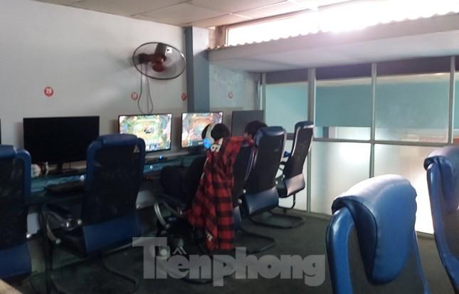 Nhiều quán game vẫn sôi động sau lệnh cấm của Chủ tịch Hà Nội ảnh 9