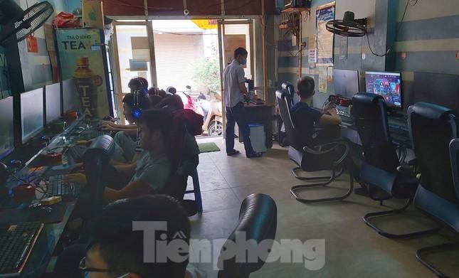 Nhiều quán game vẫn sôi động sau lệnh cấm của Chủ tịch Hà Nội ảnh 5