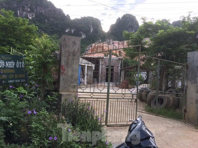 Khu dân cư ở Hòa Bình khốn khổ vì công trường khai thác đá nổ mìn ngày đêm ảnh 9