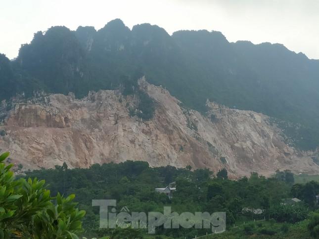 Khu dân cư ở Hòa Bình khốn khổ vì công trường khai thác đá nổ mìn ngày đêm ảnh 1