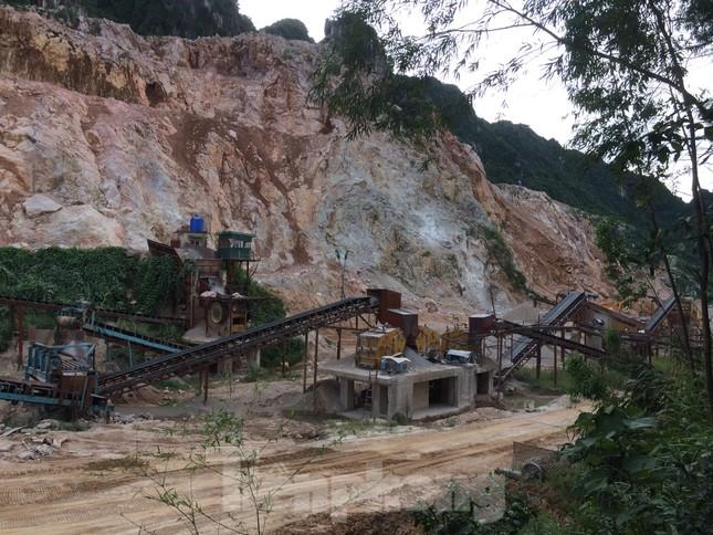 Khu dân cư ở Hòa Bình khốn khổ vì công trường khai thác đá nổ mìn ngày đêm ảnh 7