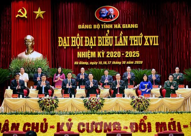 Bầu Đoàn Chủ tịch điều hành đại hội Đảng bộ Hà Giang ảnh 1