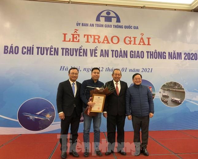 Báo Tiền Phong đạt giải nhì giải Báo chí tuyên truyền về an toàn giao thông ảnh 2