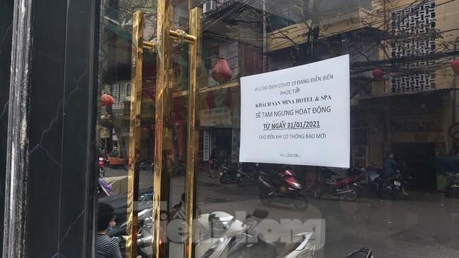Hàng loạt khách sạn, cửa hàng Hà Nội treo biển cho thuê sau Tết ảnh 2