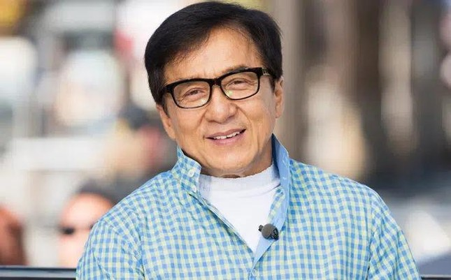 Thành Long sinh nhật tuổi 67, thông tin về tình trạng sức khoẻ ảnh 1