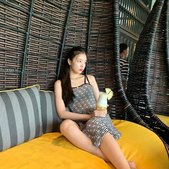 Nữ thần tượng KPop khoe bộ ảnh du lịch tại Đà Nẵng khiến fan Việt thích thú ảnh 5