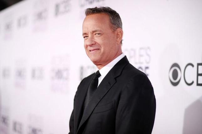 Tom Hanks tuyên bố sẽ tiêm vaccine COVID-19 ảnh 1