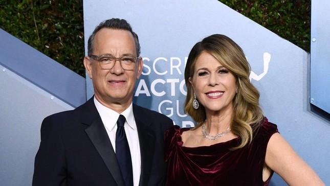 Tom Hanks tuyên bố sẽ tiêm vaccine COVID-19 ảnh 2