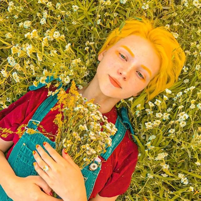 Sắc vóc xinh đẹp như búp bê của hotgirl Ukraine ảnh 6