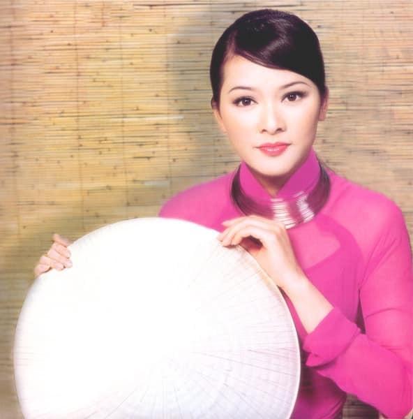 Nhan sắc mặn mà, rạng ngời của nữ danh ca Như Quỳnh ở tuổi 51 ảnh 7