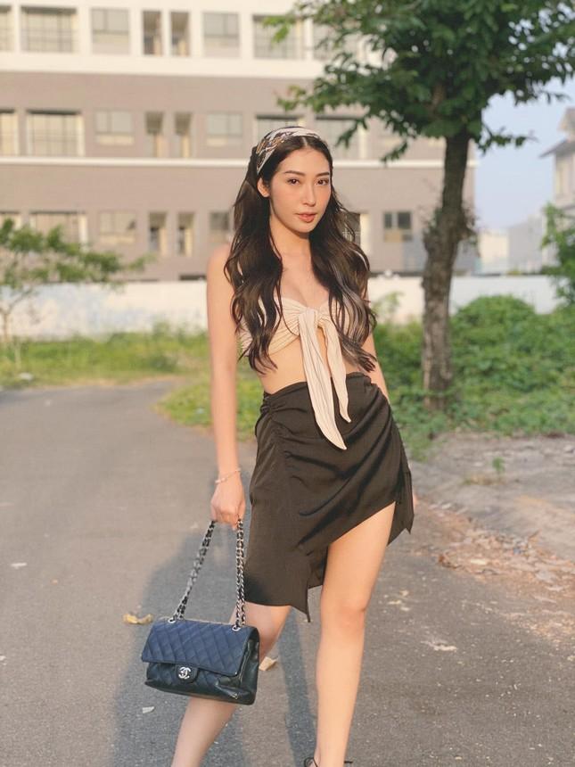 Hiền Thục trẻ trung như gái đôi mươi, Khánh Linh gây sốt với mái tóc 'Tiểu Yến Tử' ảnh 10