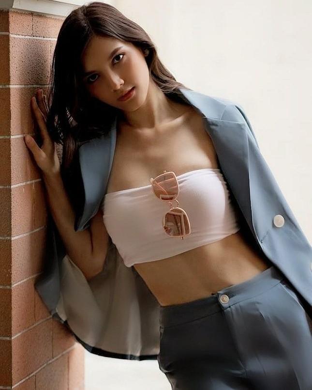 Hoa hậu Lào đẹp nhất lịch sử bất ngờ quay lại đường đua Hoa hậu Hoàn vũ ảnh 3