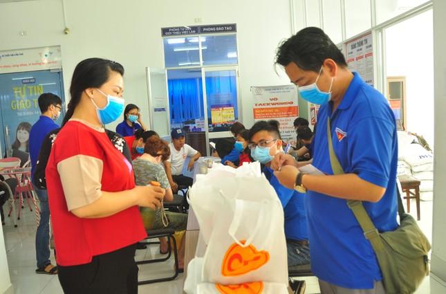 Hưởng ứng Chủ nhật Đỏ hiến máu cứu người tại Cần Thơ ảnh 4