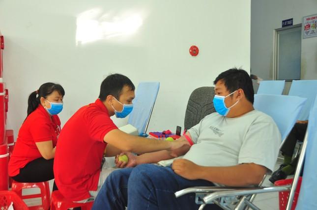 Hưởng ứng Chủ nhật Đỏ hiến máu cứu người tại Cần Thơ ảnh 10