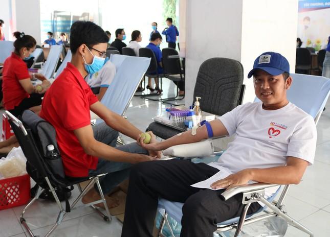 Hưởng ứng Chủ nhật Đỏ hiến máu cứu người tại Cần Thơ ảnh 5