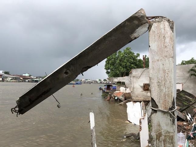 Sông Cần Thơ không ngừng sạt lở, dân bỏ nhà tìm chỗ ở đậu ảnh 3