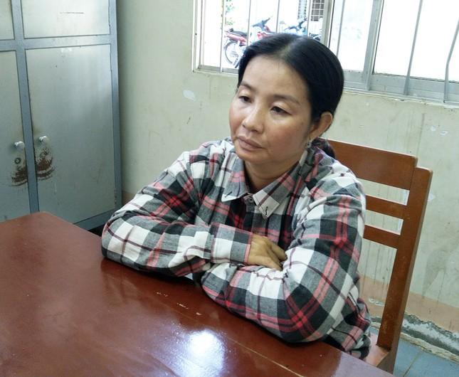 Bắt đối tượng vận chuyển hơn 86.000 USD qua Campuchia ảnh 2