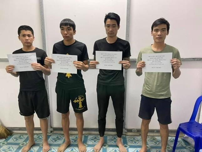 Bơi qua biên giới để về quê ăn Tết, 4 đối tượng bị bắt giữ ảnh 1