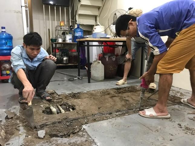 Dân Thủ đô chật vật, tốn tiền triệu thau bể sau sự cố nước sông Đà nhiễm dầu ảnh 3