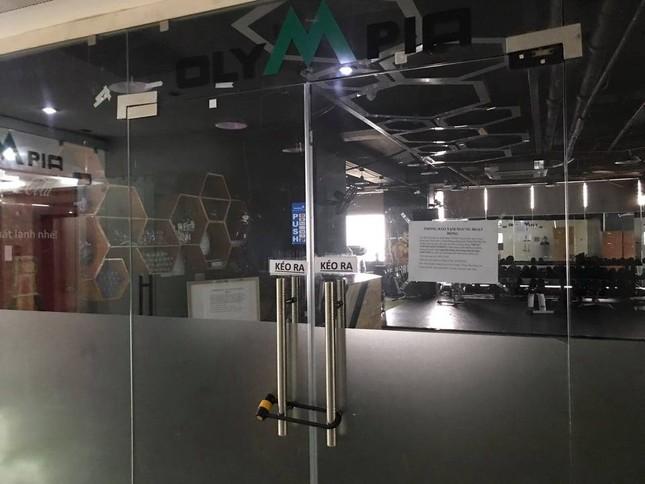 Cận cảnh phòng gym, hàng tóc 'cửa đóng' sau lệnh cấm của Chủ tịch Hà Nội ảnh 2