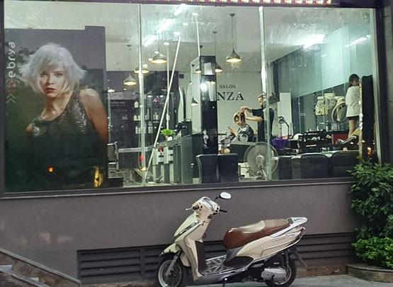 Cận cảnh phòng gym, hàng tóc 'cửa đóng' sau lệnh cấm của Chủ tịch Hà Nội ảnh 5