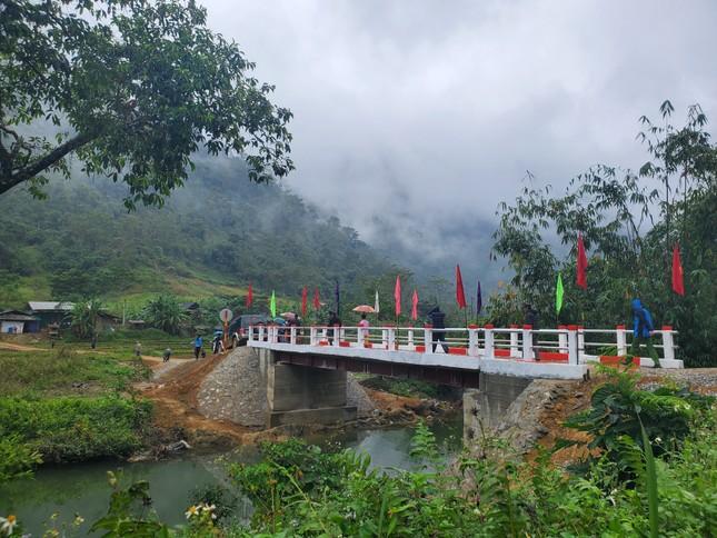 Khánh thành cầu 'Vì tầm vóc Việt': Cầu đẹp, cách làm độc đáo ảnh 2