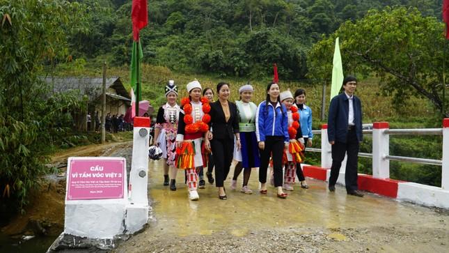 Khánh thành cầu 'Vì tầm vóc Việt': Cầu đẹp, cách làm độc đáo ảnh 8