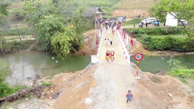 Khánh thành cầu 'Vì tầm vóc Việt': Cầu đẹp, cách làm độc đáo ảnh 3